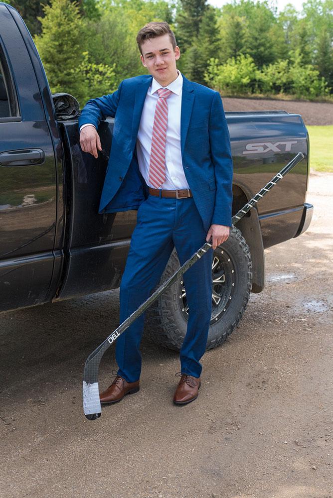 Hockey Player Grad
