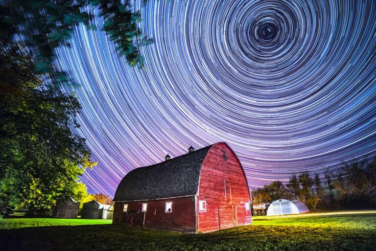 Saskatchewan night living skies